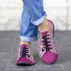 Kép 2/2 - GITA bohemian CIKLÁMEN VIRÁGOS kézműves bőr cipő