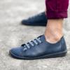 Kép 1/3 - GITA bohemian KÉKESSZÜRKE kézműves bőr cipő