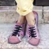 Kép 2/2 - GITA bohemian PÚDER VIRÁGOS kézműves bőr cipő