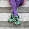 Kép 3/3 - GITA bohemian ZÖLD VIRÁGOS kézműves bőr cipő