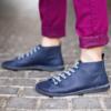 Kép 2/3 - GITA boots ÉJKÉK kézműves bőr cipő
