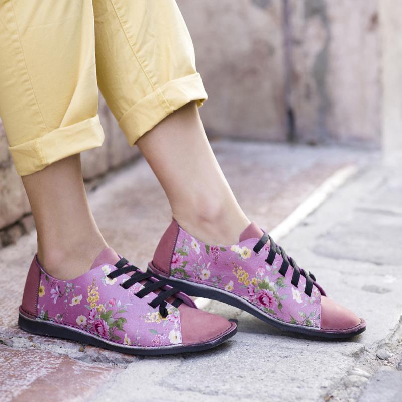 GITA bohemian PÚDER VIRÁGOS kézműves bőr cipő