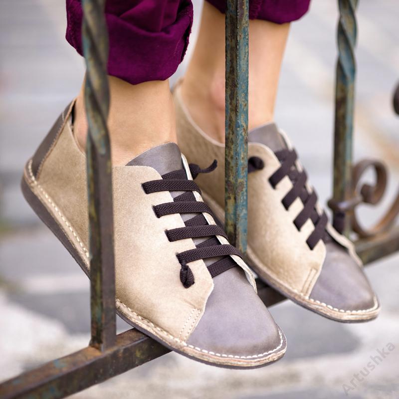 GITA bohemian KÉTSZÍNŰ HOMOK kézműves bőr cipő